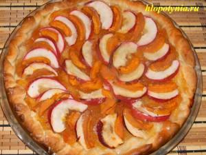 яблочно-фруктовый пирог