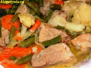 мясное жаркое с овощами