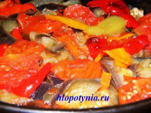 Запеченная овощная смесь